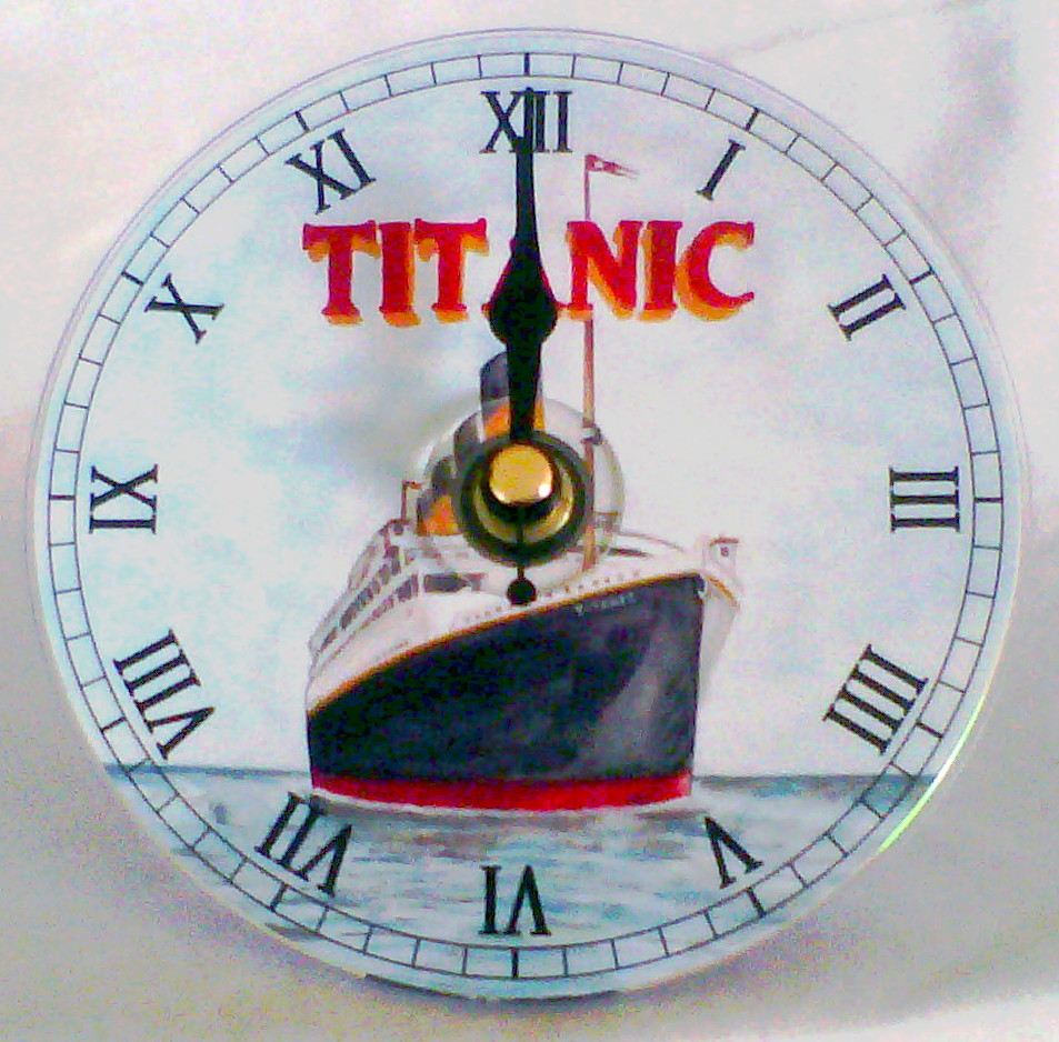 Titanic CD Clock